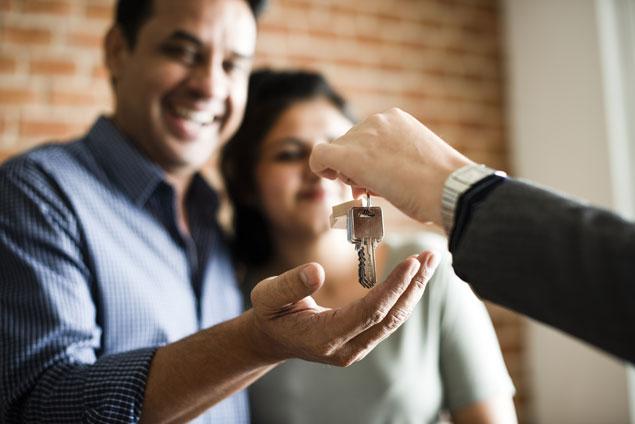 Remise des clés à l'acheteur